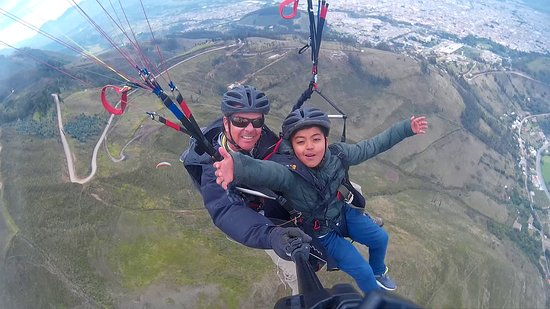 Otavalo, Ecuador: In the air!!