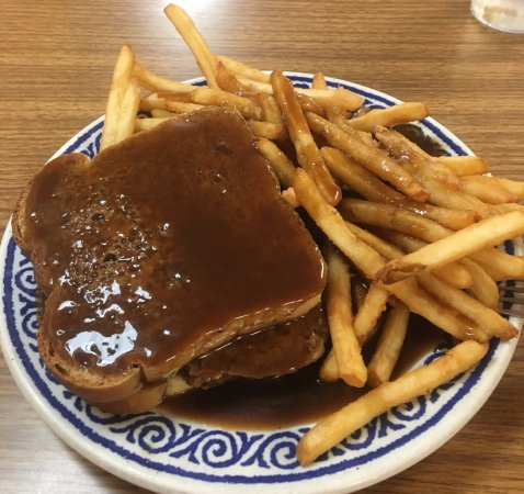 Northfield, VT: Hot meatloaf sandwich with fries.