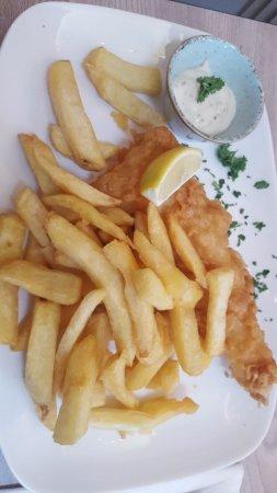 Lenham, UK: Plain Cod and Chips with Tartar Sauce