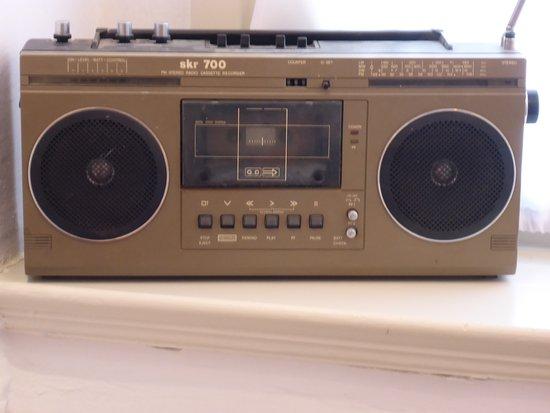 Bernburg, Germany: SKR 700 Radiokasettengerät