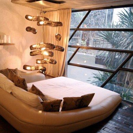 MO Rooms: photo0.jpg