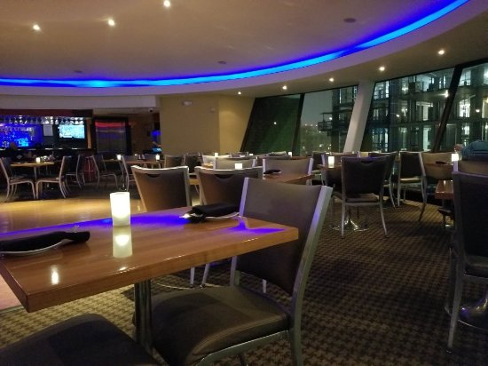 Sky Dome At Doubletree Crystal City Arlington Restaurant Reviews Phone Number Photos Tripadvisor