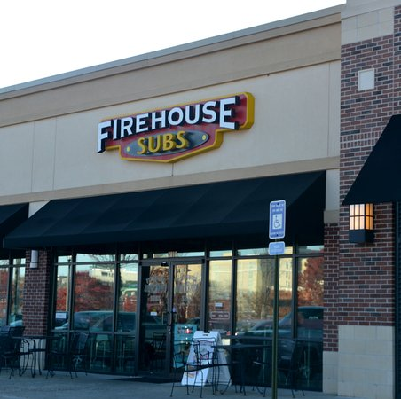 Kennesaw, GA: Service here is among the best I've found at a Firehouse Subs