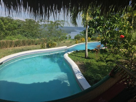 Masatepe, Nicaragua: Private entry to pool's lazy river