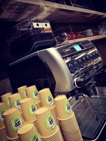 Dubendorf, Suiza: the combination of a geat machine and a great coffee bean makes the difference