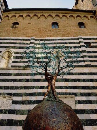 Volterra, Ιταλία: 20171030_153811_large.jpg