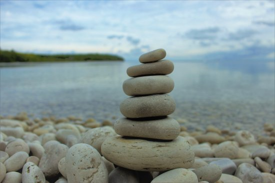 Rock stacking - Picture of Schoolhouse Beach, Washington