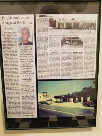 Апалачикола, Флорида: The Story Behind The Station Raw Bar at Apalachicola