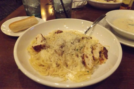 Chicken Angel Hair Pasta Picture Of Olive Garden Palm Desert