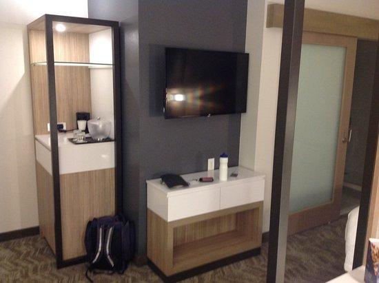 Rockwall, TX: TV and fridge/coffee facilities