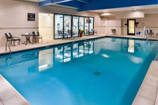 Pool Hilton Garden Inn Detroit Southfield Southfield Resmi Tripadvisor