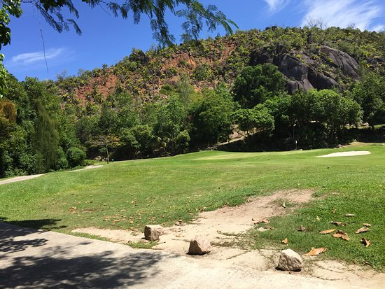 Anse Georgette: golf course