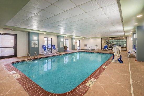 Jeffersontown, KY: Pool