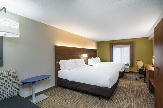 Holiday Inn Express & Suites Louisville East: Guest room