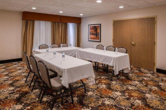 Meeting Room Picture Of Hampton Inn Elkhart Elkhart Tripadvisor