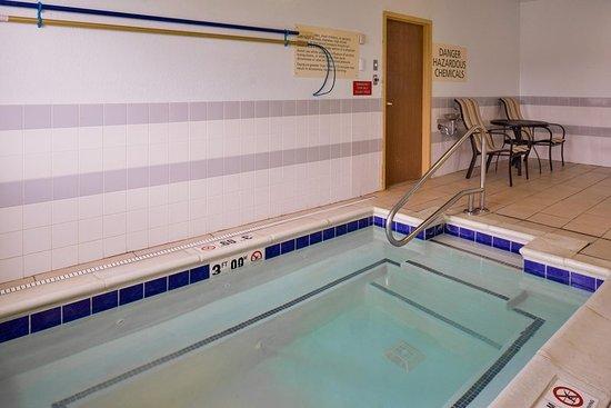 Elkhart, IN: Pool