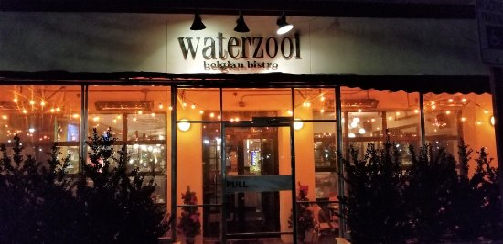 Back of restaurant picture of waterzooi belgian bistro garden city tripadvisor for Best restaurants in garden city