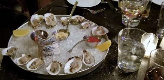 Garden City, NY: OYSTERS ON THE HALF SHELL