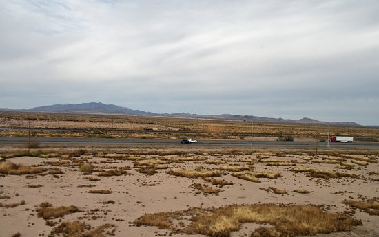 Deming, NM: I-10 and train tracks from Suite 404