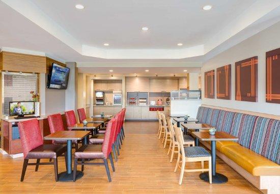Jeffersonville, IN: Restaurant