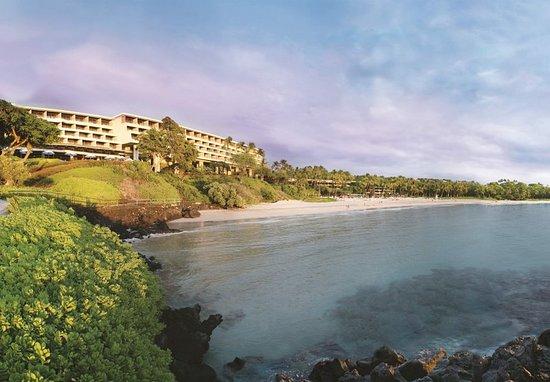 Mauna Kea Beach Hotel, Autograph Collection: Exterior