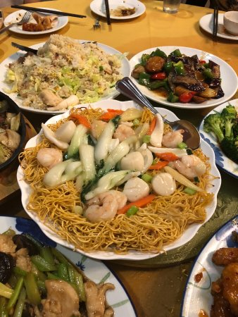 Folsom, CA: chow mein with Hong Kong syle noodles