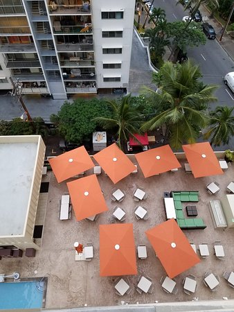 Hyatt Place Waikiki Beach: 20171202_174636_large.jpg