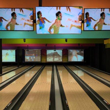 Bahía Bowling bar