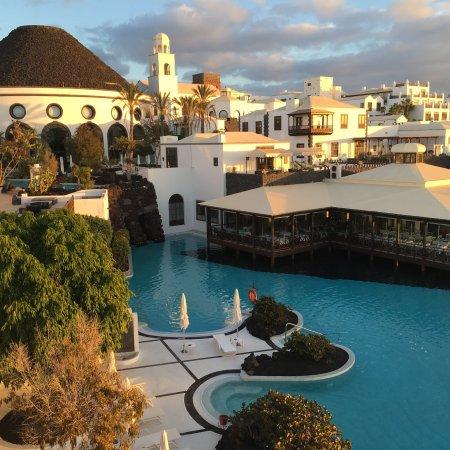 Hotel THe Volcan Lanzarote Photo