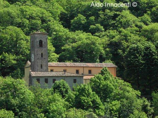 Pescaglia, Italy: Chiesa dei Santi Pietro e Paolo 4