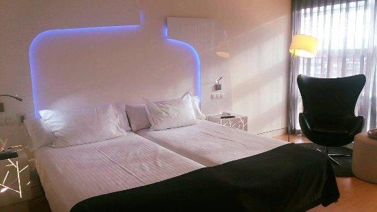 Ayre Hotel Oviedo: comodisias
