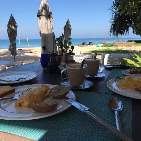 Hotel Akyra Beach Club