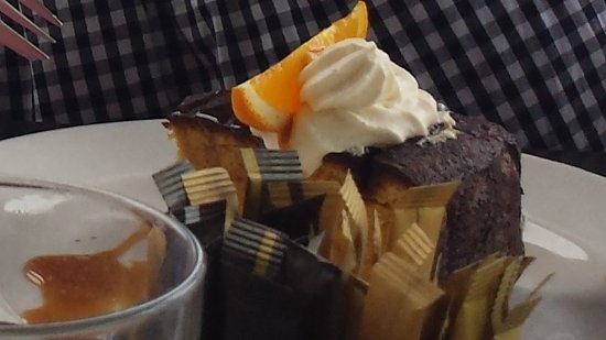 Salisbury, Australia: Orange almond cake