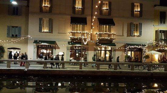 Esterno navigli kuva hotel maison borella restaurant for Boutique hotel milano navigli