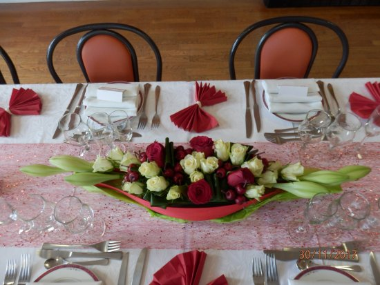 Centre de table picture of restaurant angelus coesmes tripadvisor - Centre de table restaurant ...
