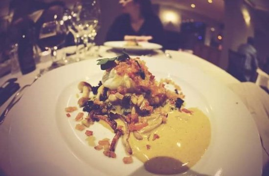 Slenaken, The Netherlands: vegetarisch gerecht met linzen en subliem lekker sausje
