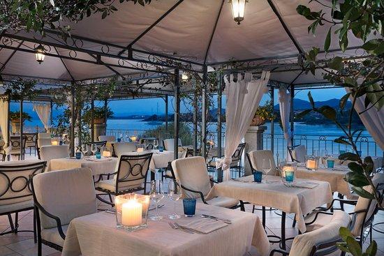 Blu restaurant golfo aranci restaurantbeoordelingen for Terrace 33 menu