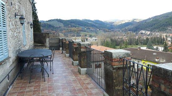 Arrone, Italia: terrazzo grande