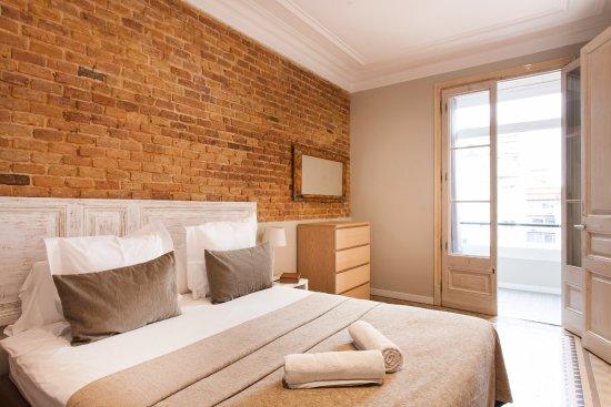 Aspasios Fuster Apartments