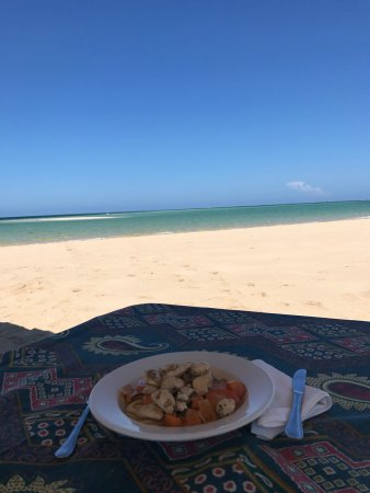 Ibo, Mozambique: Lunch at the sand bank