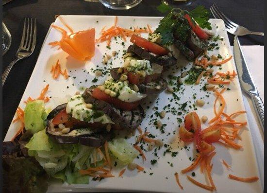 Nogent-sur-Marne, Francia: Assiette très belle visuellement et très bonne