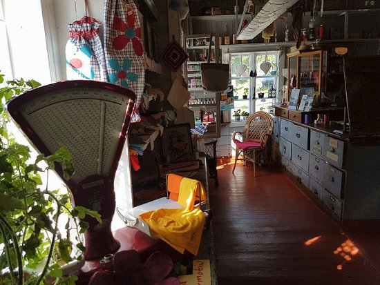 Senja, Νορβηγία: Inside Gammelbutikken