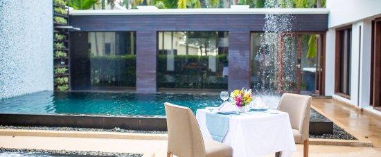 Maikhao Dream Villa Resort and Spa: Private dinning area