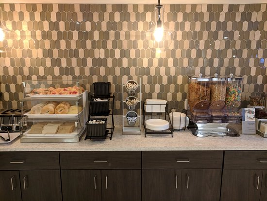 Grandville, MI: Breakfast