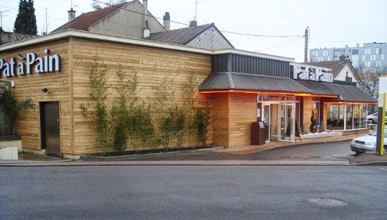 Montlucon, Francia: Restaurant Patàpain de Montluçon Fontbouillant