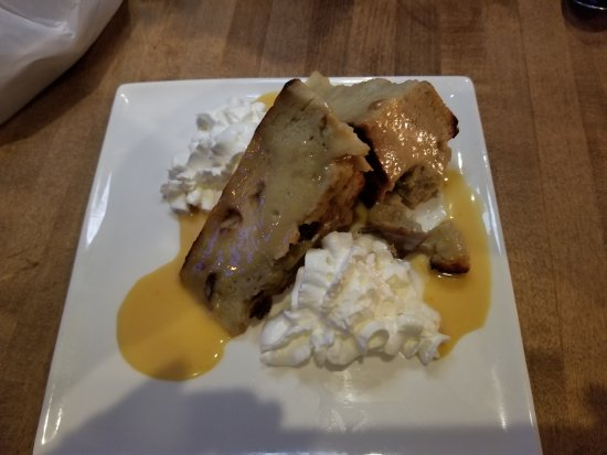 Bethel, CT: Warm banana bread pudding!!! I actually have no words that can say how good this was!!!