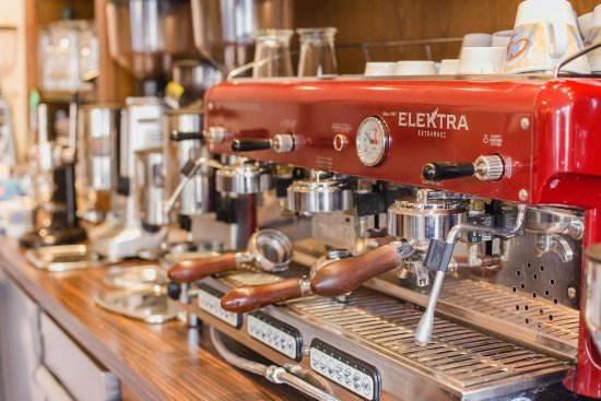 Bruchsal, Germany: Unsere Elektra macht aus guten Kaffee noch bessern Kaffee.