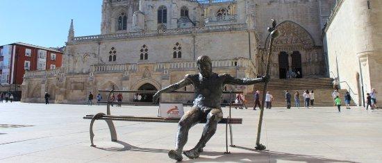 Burgos, Hiszpania: Punto de Encuentro de nuestras rutas