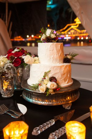 Fullerton, CA: Beautiful and best tasting cake ever!