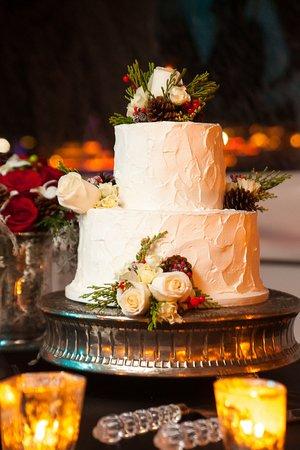 Fullerton, CA: Our amazing Wedding Cake!
